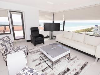 Miami Beach Super Deluxe Oceanfront 2B Suite 1501