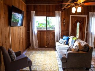 Sunset Surf Bungalow - Last Minute Special, Haleiwa