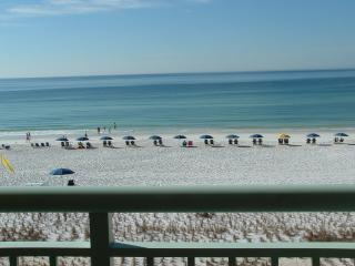 **Beachfront Condo w/private balcony**PI307, Fort Walton Beach