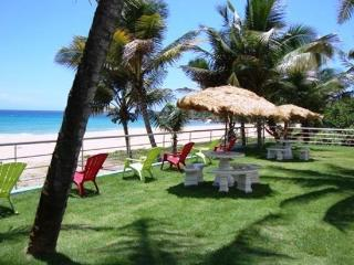 Atlantic Sand Oasis Puerto Rico - Escape to Beach Paradise & Light House, Arecibo