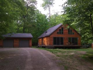 Log sided home in Minocqua Wisconsin