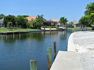 4 Bd Waterfront Home w/Pool, Close to Siesta Beach, Siesta Key
