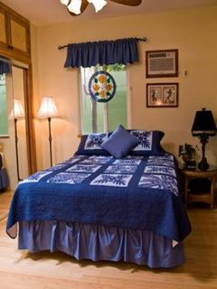 Main house bedroom 2.