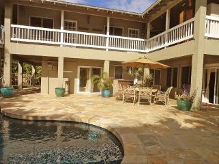 Tranquility House - 8br home w/ pool, jacuzzi, Kailua
