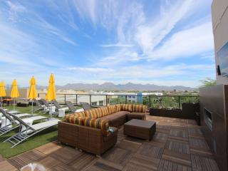 Kierland Two Bedroom-Cross street to the Commons, Scottsdale