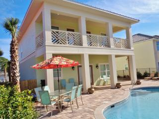 Brand New! Upscale,Private pool, Free golf cart!, Destin