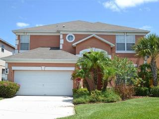 Luxury 6BR Villa in Kissimmee with Lake View