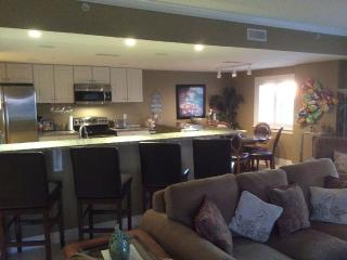 Beach Blk Luxury Condo Sleeps 12 W/ Gorgeous Ocean, Ocean City