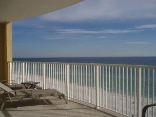 Luxurious 2 bedroom/2 bathroom Ocean Front condo, Panama City Beach