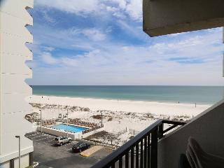 2BR Gulf View Condo Right in Town Close to Hangout, Gulf Shores