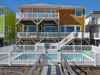 SANDCASTLE 5 BEDROOM OCEANFRONT POOL, Kure Beach