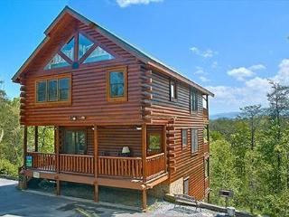Timless View Luxury Cabin with Amazing Mtn Views, Sevierville