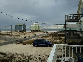 Peach on the Beach - 3 BR / 2 BA, Fort Morgan