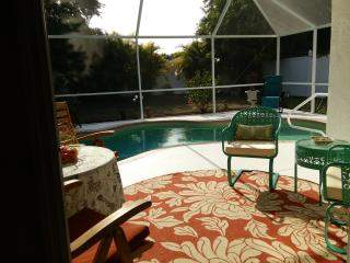 HEATED Salt Water Pool 3 brm house near golf beach, Rotonda West