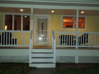 Cozy & Spacious Family Beach House, Brigantine