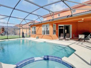 Near Disney 4 Bed 4 Bath Villa South Facing Pool, Kissimmee