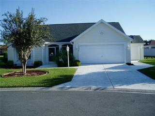 Great Location 3 Bedroom with Pool, The Villages