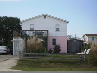 OBX Beach Retreat:  Great Deal - Great Location, Kill Devil Hills