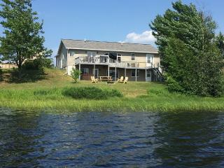 Furnace Lake Vacation Rental, near Lake Superior, Munising