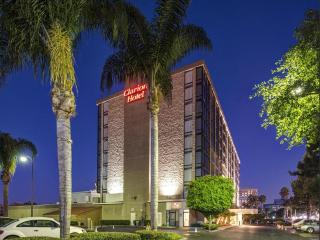 Awesome Clarion Hotel Anaheim Resort, CA