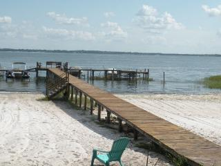 Lake front home rental in Florida, Ocklawaha