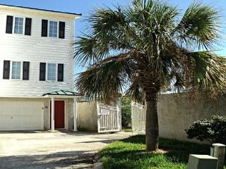 Amazing Ocean Views! Direct Oceanfront! Pools!, Isla de Tybee