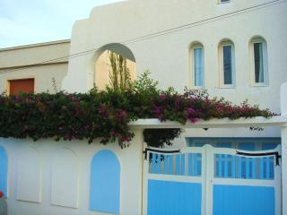 Villa Azaiiza, maison traditionnelle, bord de mer, Sousse