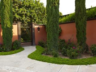 Gorgeous home on golf course, San Miguel de Allende