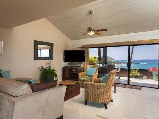 Ocean-Front 3br/3ba condo with Amazing Views, Kihei