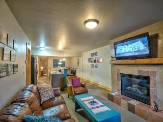 In The Heart Of Downtown-Book 4 Nights Get 1 Free!, Steamboat Springs
