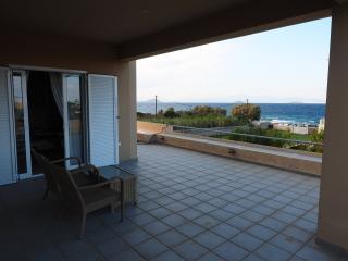 Villa Lucy by the sea, Egina