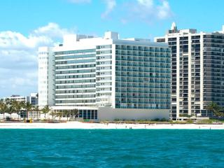 Deauville Beach Resort North Miami, Miami Beach