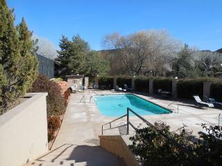 Totally Renovated 2BR/2.5BA in Golf Course