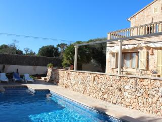 S'Eriço Cosy Villa private pool&bbq ideal families, Santanyi