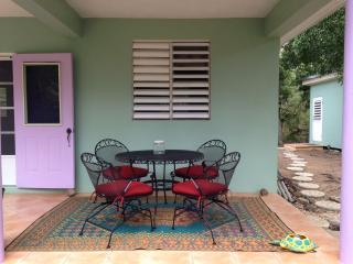 Casa Hibiscus 4 Bedrooms 2 Bathrooms, Culebra