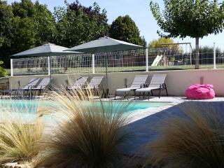 Gite tout confort, climatisé avec piscine chauffée, Lembras