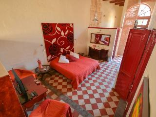 Charming B&B Dar ta Zeppi ; ' Red rose ' residence ensuite.