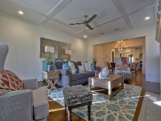 Double the Fun in East Nashville – Sprawling & Chic Duplex