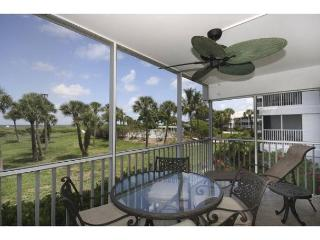 Luxury beach front condo in South Seas Island Resort, isla de Captiva
