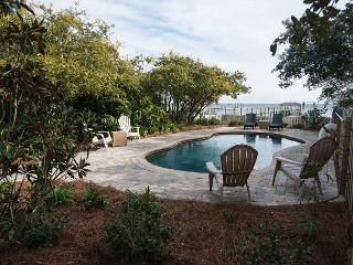 5 BR 4 bath Bay front, heated pool, hot tub, Foosball, screened porch, dock, Cape San Blas
