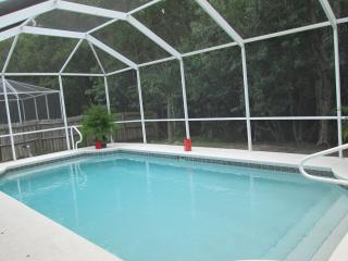 SOUTHERN EXPOSURE POOL HOUSE WITH BIKES