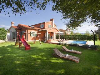 Villa Goretini, Sumber