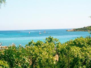 Sardaigne, maison en bord de mer à La Maddalena