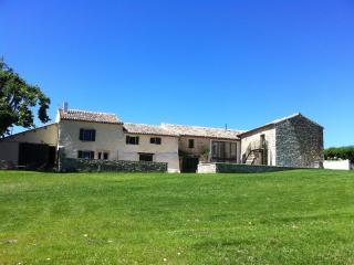 Mas provençal entre vigne et lavande près de Nyons, Saint-Pantaleon-les-Vignes