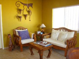 Little House on the Beach! 2 bedrooms 2 bath, La Paz