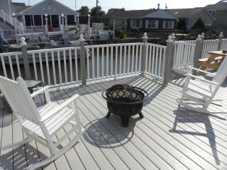 Water front home w/Boat tie-up in North Ocean City
