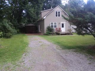 Wildwood Cottage --Sat. Aug. 26 -Sat. Sept 2 just became available