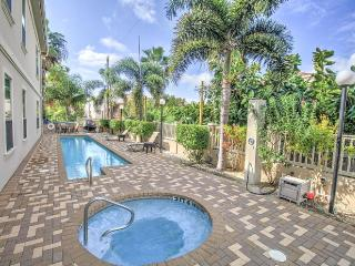 Luxurious South Padre Island Condominium-1,800 Sq