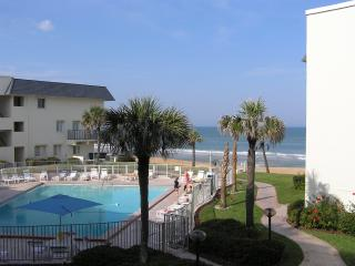 Ormond Ocean Club North Beachfront Condo, Ormond Beach