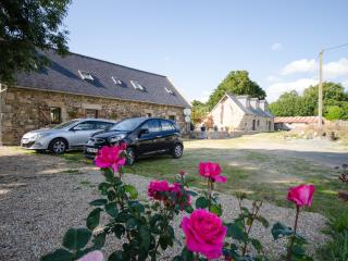 Fully renovated stone Gite, Carnoet
